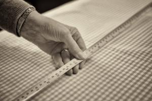 Bespoke measuring and fitting of fabrics